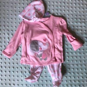 Newborn matching outfit